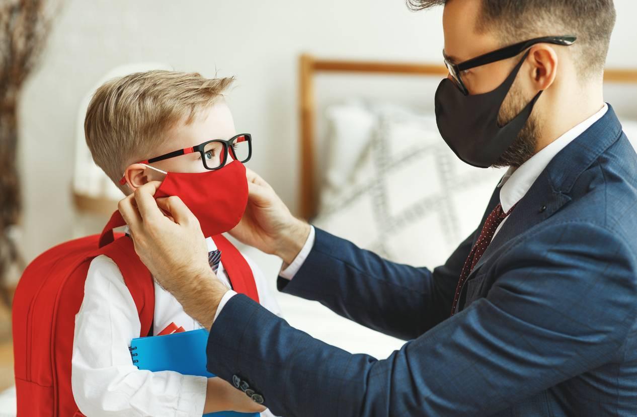 Tamponner les affaires de ses enfants